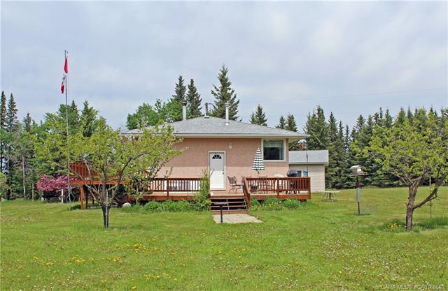 36202 Range Road 45, 3 bed, 2 bath, at $450,000