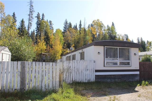 21 Pinewood Drive, 2 bed, 1 bath, at $25,000