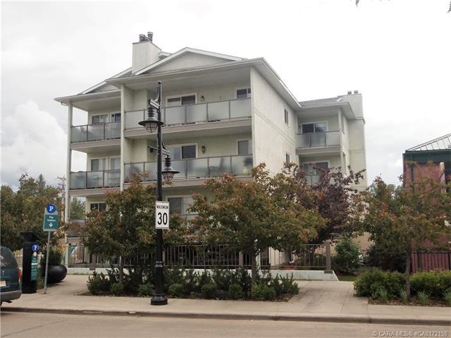 4415 Lakeshore Drive, 2 bed, 1 bath, at $154,900