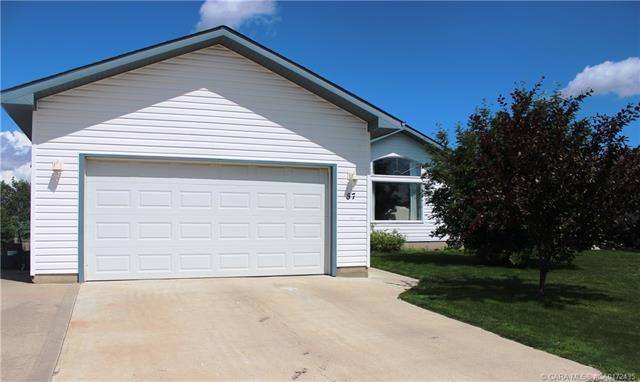 57 Laurel Close, 3 bed, 3 bath, at $327,500