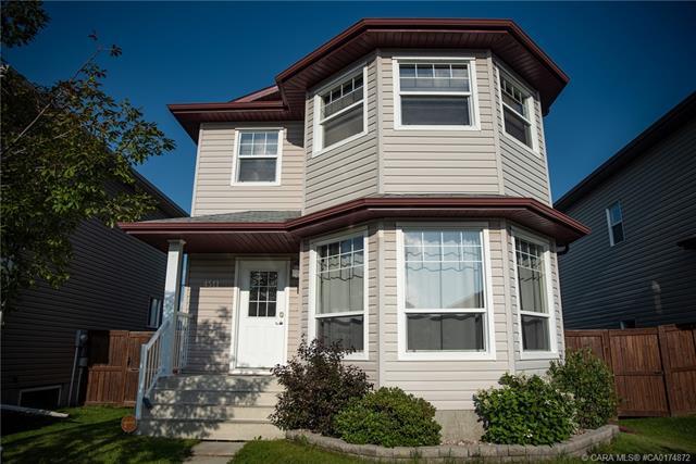 4511 73 A Street, 3 bed, 4 bath, at $267,900