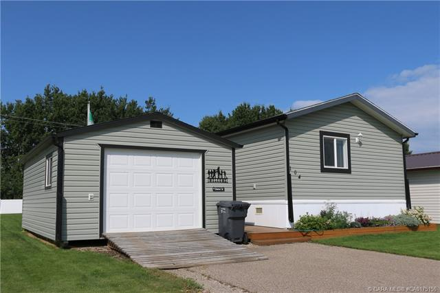 5823 52 Street #104, 3 bed, 2 bath, at $149,900