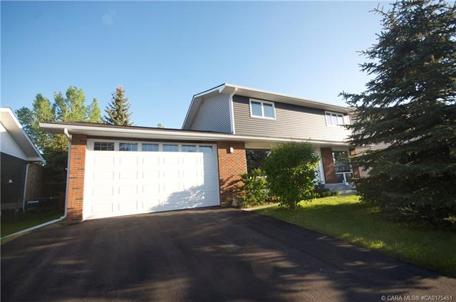 43 Fairway Drive, 3 bed, 5 bath, at $489,911