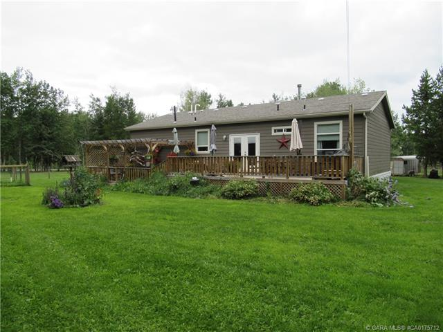 364033 Range Road 62, 3 bed, 2 bath, at $469,000