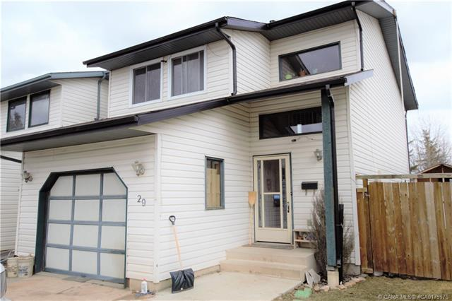 29 Hangingstone Drive, 3 bed, 3 bath, at $229,900
