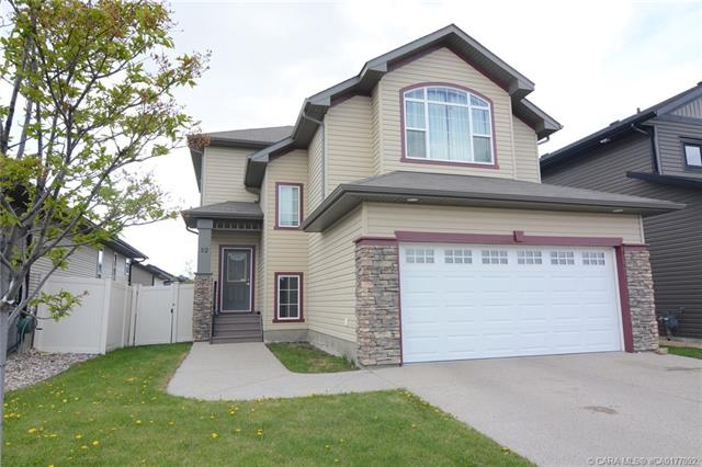 52 Carter Close, 3 bed, 3 bath, at $414,900