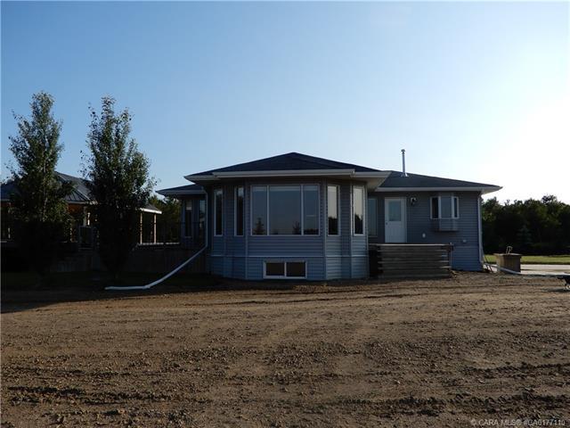 42538 Range Road 124, 3 bed, 2 bath, at $379,000