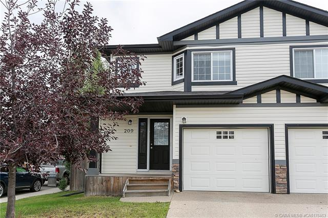 209 Ibbotson Close, 3 bed, 2 bath, at $289,900