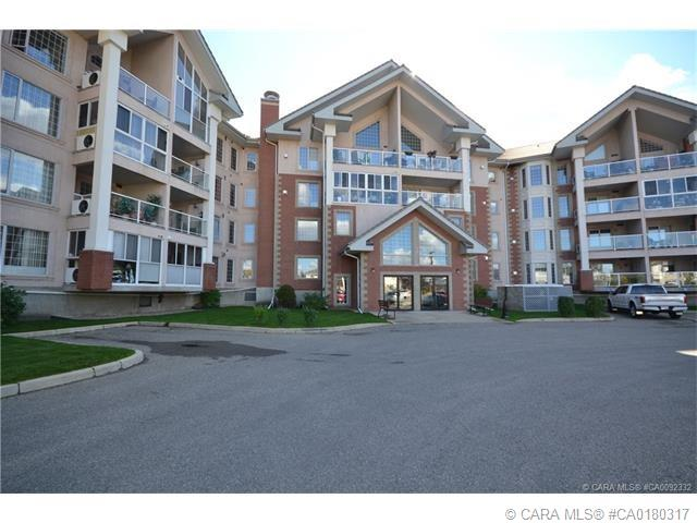 4805 45 Street #105, 1 bed, 2 bath, at $269,900