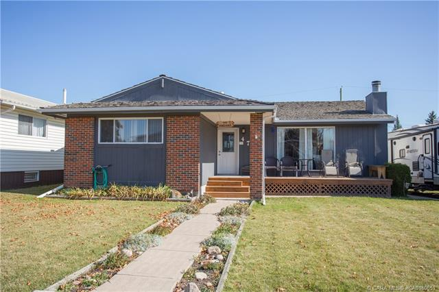 4715 56 A Street Crescent, 4 bed, 2 bath, at $269,900