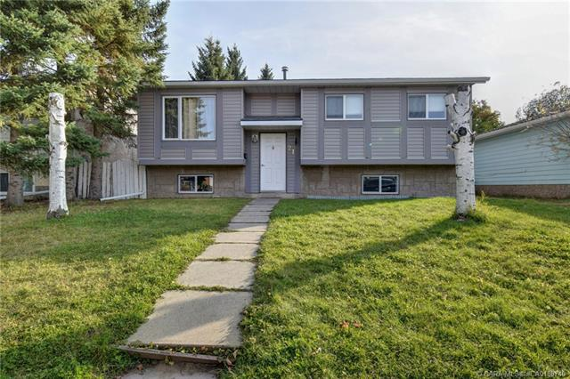 21 Valley Crescent, 5 bed, 2 bath, at $229,900