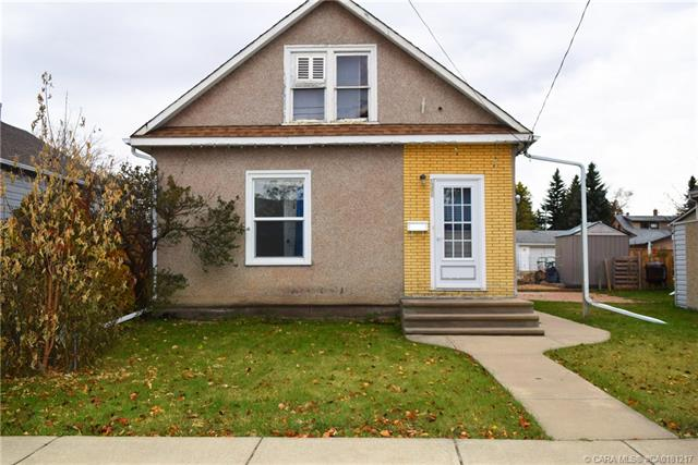 4605 47 Street, 3 bed, 1 bath, at $175,000