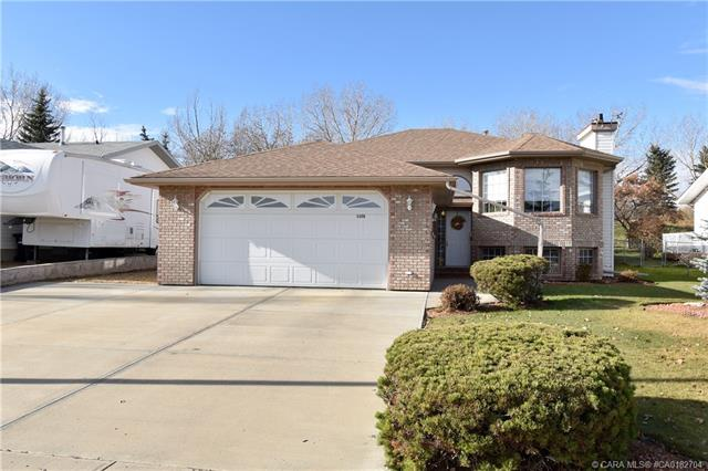 5308 60 Street, 4 bed, 3 bath, at $414,900