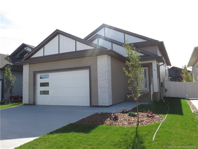 55 Henderson Crescent, 3 bed, 2 bath, at $374,900