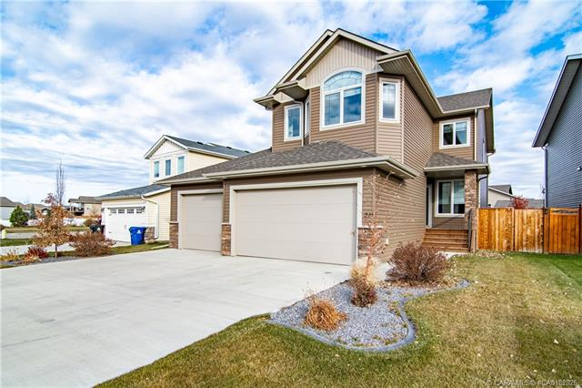 29 Coachill Street, 4 bed, 4 bath, at $489,900
