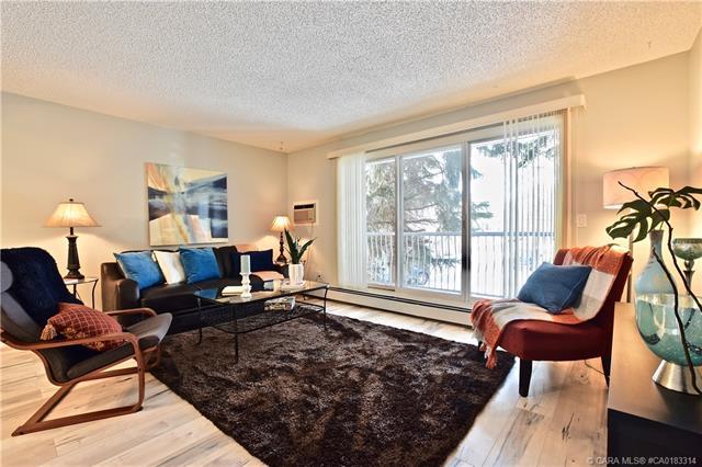 5330 47 Avenue #202, 2 bed, 1 bath, at $119,900