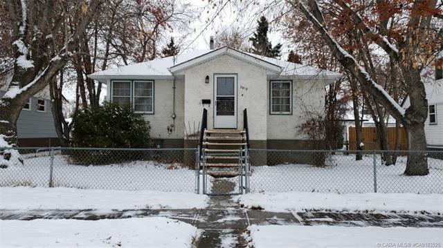5810 44 Avenue, 2 bed, 2 bath, at $199,900