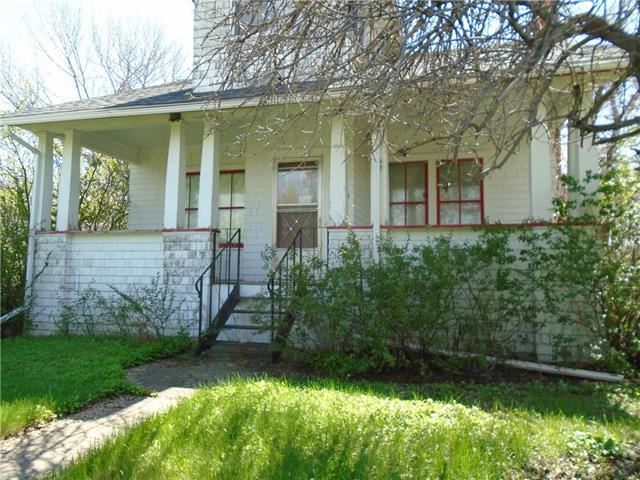 5029 52 AV , 4 bed, 1 bath, at $145,000