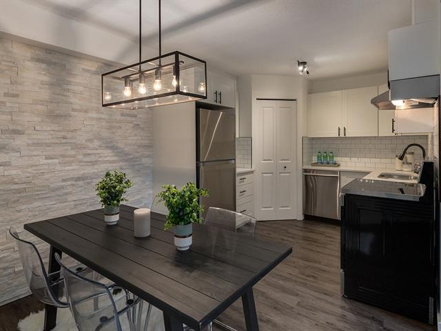 #102 3809 45 ST SW, 3 bed, 1 bath, at $219,900