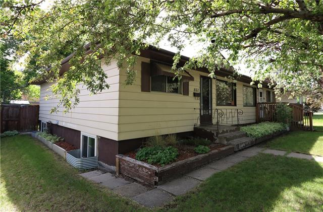 851 NORTHMOUNT DR NW, 4 bed, 2 bath, at $319,200