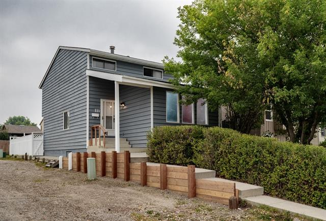 111 PINEMILL ME NE, 3 bed, 1.1 bath, at $337,000