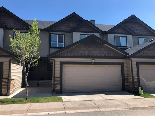 115 KINCORA HE NW, 3 bed, 3.1 bath, at $395,000