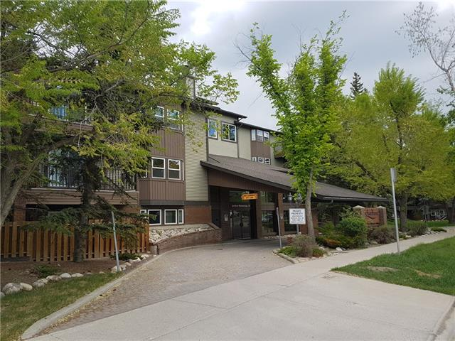 #210 550 WESTWOOD DR SW, 2 bed, 1 bath, at $214,900