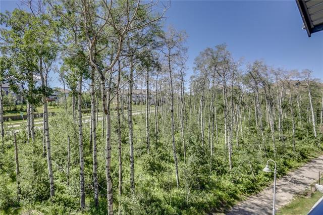 #308 25 ASPENMONT HT SW, 2 bed, 2.1 bath, at $528,800