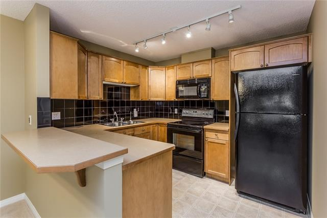 #207 40 Parkridge VW SE, 2 bed, 2 bath, at $339,000