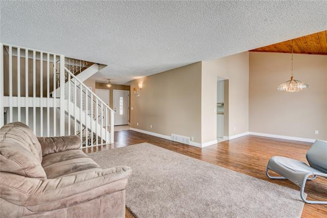 #52 228 Theodore PL NW, 3 bed, 2.1 bath, at $372,000