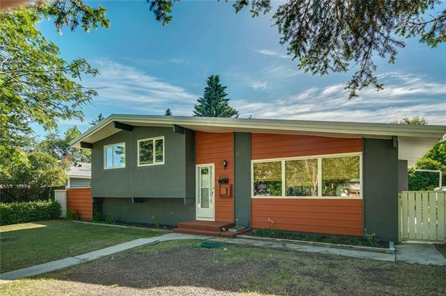 6331 CROWCHILD TR SW, 3 bed, 2.1 bath, at $579,000