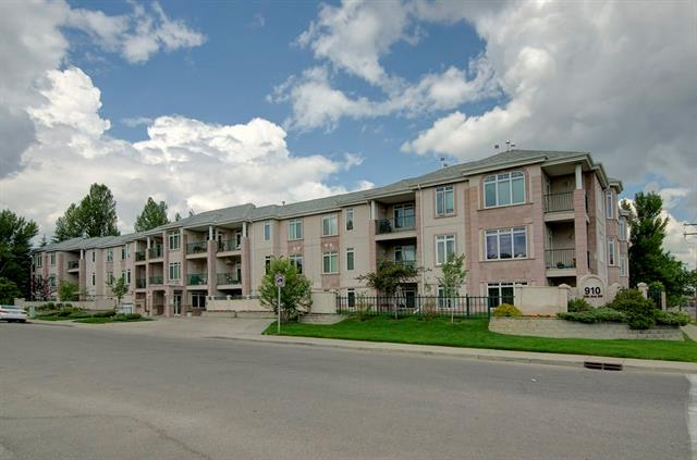 #201 910 70 AV SW, 2 bed, 2 bath, at $350,000