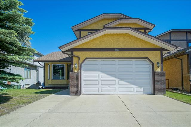 190 Edgepark WY NW, 6 bed, 3.1 bath, at $594,000