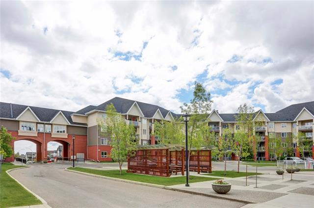 #359 15 EVERSTONE DR SW, 2 bed, 2.1 bath, at $492,000