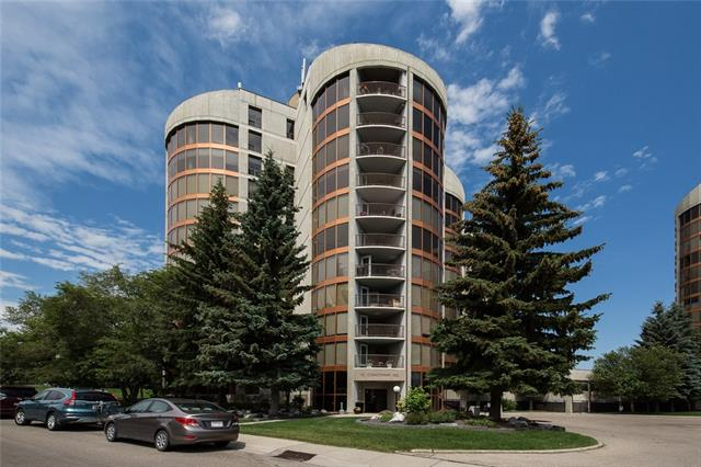 #182 10 COACHWAY RD SW, 2 bed, 2 bath, at $370,000