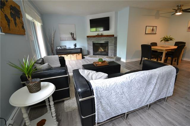 #4 930 ROYAL AV SW, 1 bed, 1 bath, at $223,900