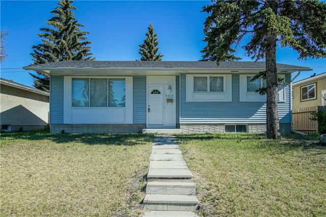 5514 8 AV SE, 4 bed, 2 bath, at $319,900