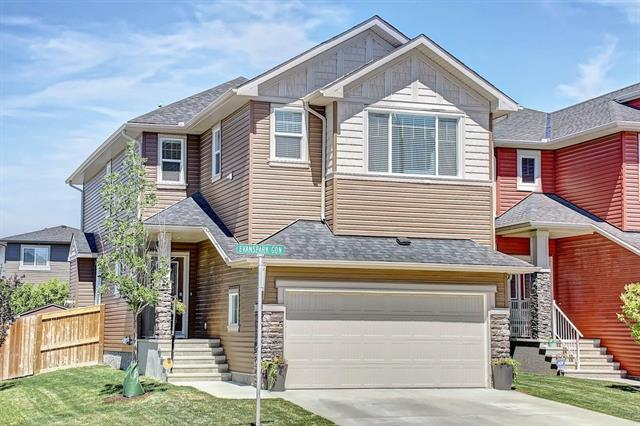 237 EVANSPARK GD NW, 3 bed, 2.1 bath, at $534,900
