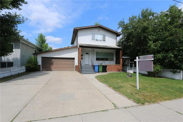 2120 36 AV SW, 3 bed, 2 bath, at $650,000