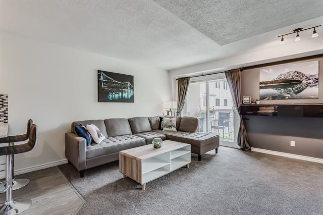 #98 3015 51 ST SW, 2 bed, 1 bath, at $255,000