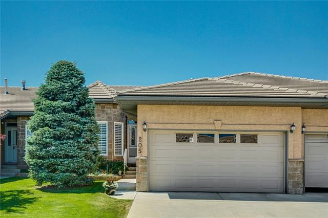 205 SHANNON ESTATES TC SW, 2 bed, 2.1 bath, at $579,900
