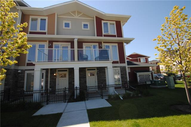 85 AUBURN MEADOWS AV SE, 3 bed, 2.1 bath, at $349,000