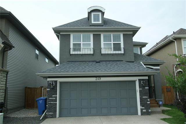 249 CRANARCH CM SE, 3 bed, 2.1 bath, at $544,900