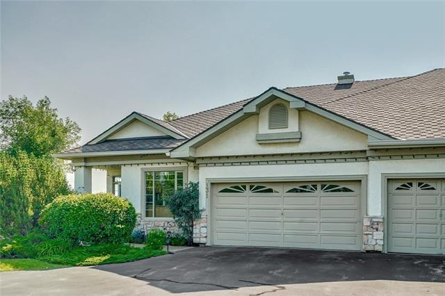 131 COUNTRY CLUB LN , 3 bed, 2.1 bath, at $829,900