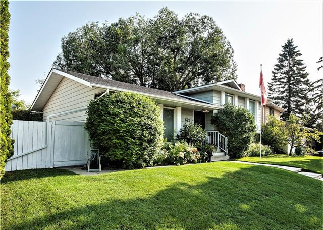 672 QUEEN CHARLOTTE DR SE, 4 bed, 2.1 bath, at $439,900