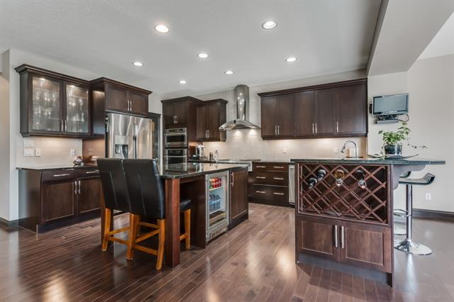 318 RIVER HEIGHTS DR , 4 bed, 3.1 bath, at $590,000
