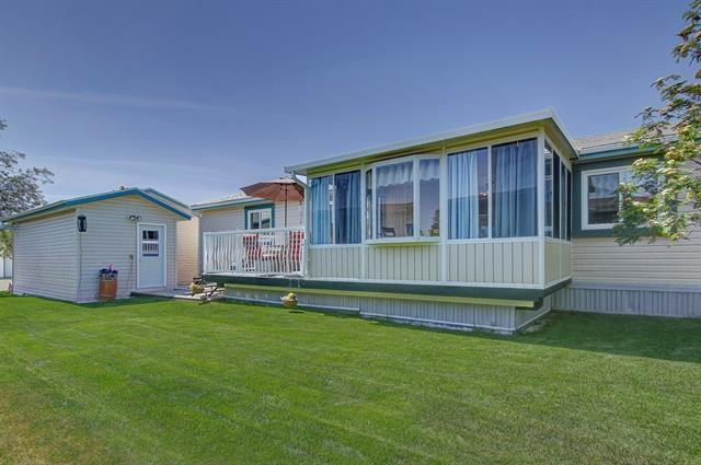 15 Doubletree WY , 3 bed, 2 bath, at $155,000