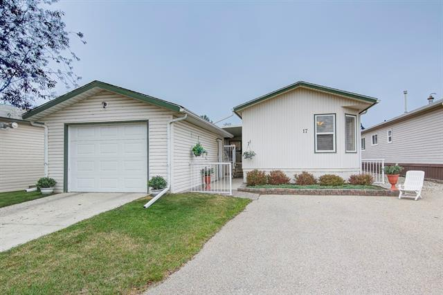 17 Doubletree WY , 3 bed, 2 bath, at $150,000