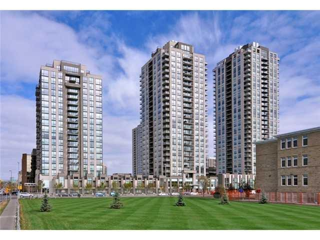 #804 1118 12 AV SW, 2 bed, 2 bath, at $414,900