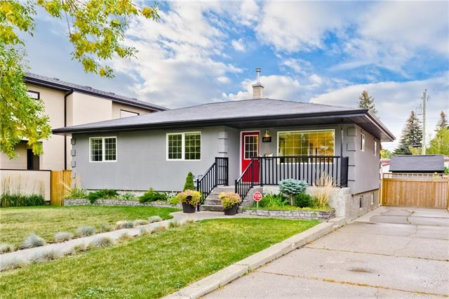 619 53 AV SW, 5 bed, 2 bath, at $699,900